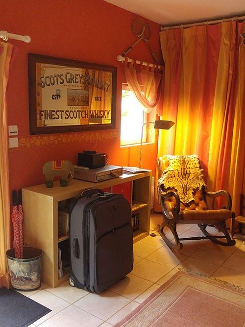 valise dans le Relais de Montchat